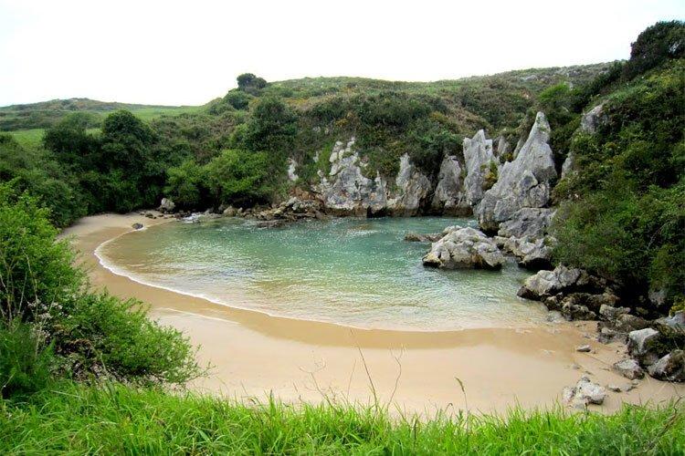 An-Inland-Beach